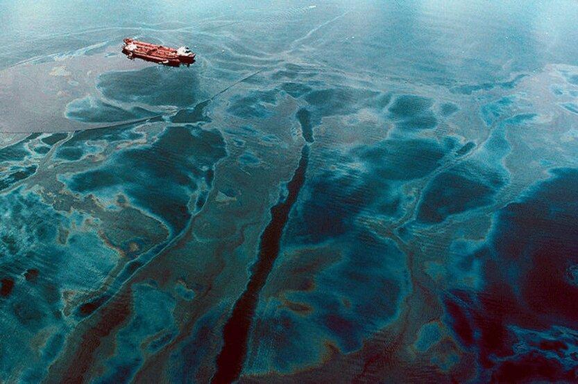 وضعیت آلودگی خلیج فارس بحرانی است ، به داد خلیج فارس برسید