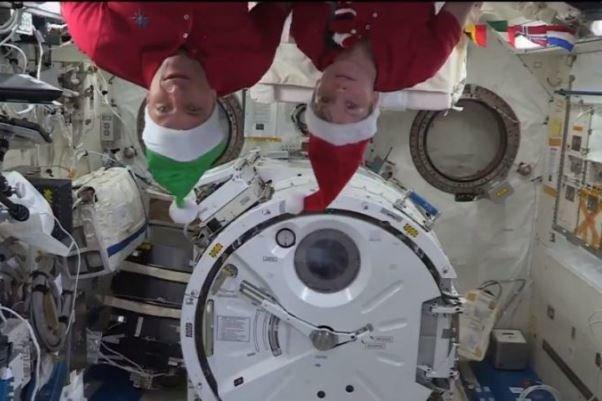 کریسمس در ایستگاه فضایی بین المللی برگزار گشت
